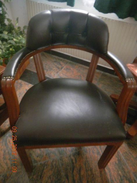 Székek: Mária karfás szék