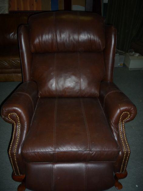 Bőr fotelek, bőr támlás székek